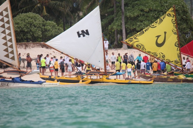 Pule before the race to Haleiwa